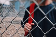 LGBTの子どもが置かれている現状と問題点