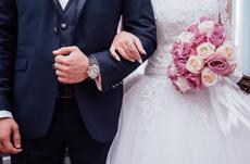 結婚式の平均費用は〇〇万円!最近のトレンドとは?