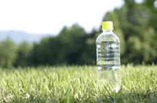 「ペットボトルの水」はなぜあんなに高いのか?