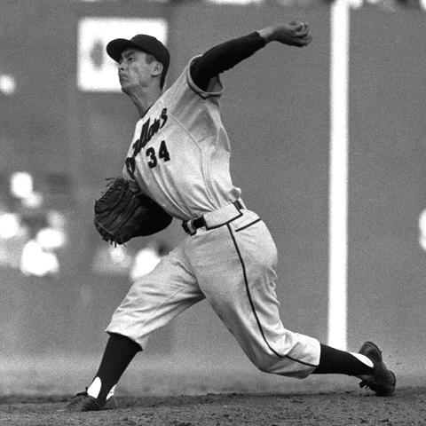 初本塁打は17歳。初ノーヒッターは18歳。巷で話題の「最年少」のプロ野球記録は?
